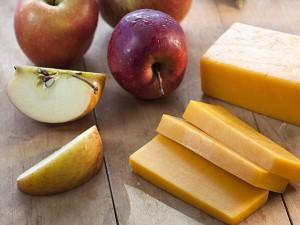 mela formaggio